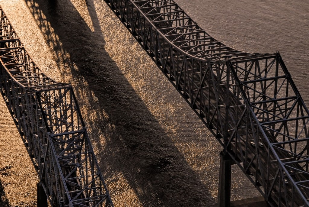 Stanwycks Photography, the Mississippi River Bridge from  Helicopter